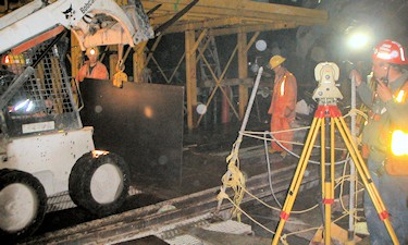 Precise check survey of the plumbing of the Seymour shaft, of the GVRD Seymour-Capilano twin 8 Km water tunnels, 2006.
